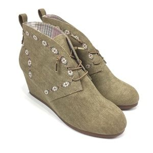 SUGAR Wedge Ankle Booties Women's Sz 9 Taupe